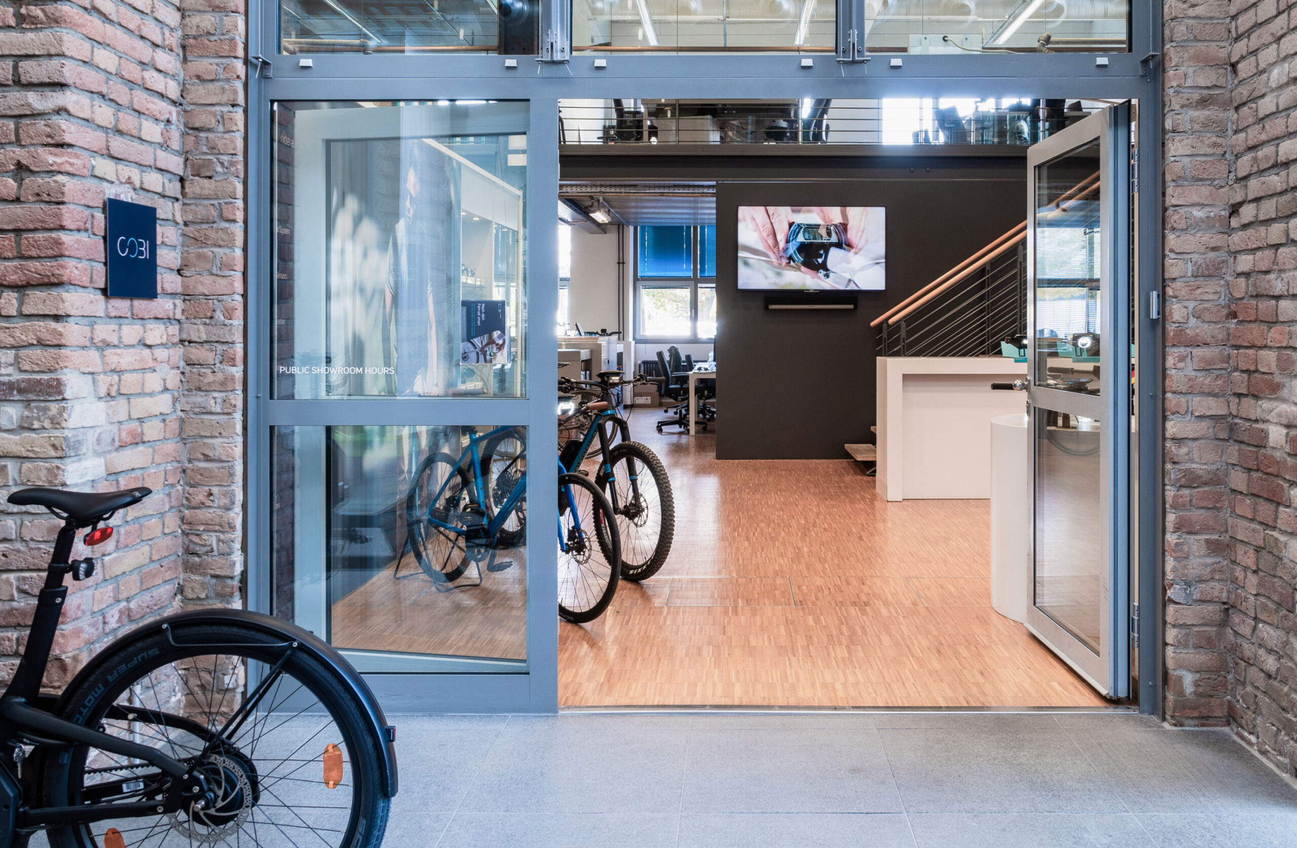niklaslankenau_cobi-bike_showroom_3-2